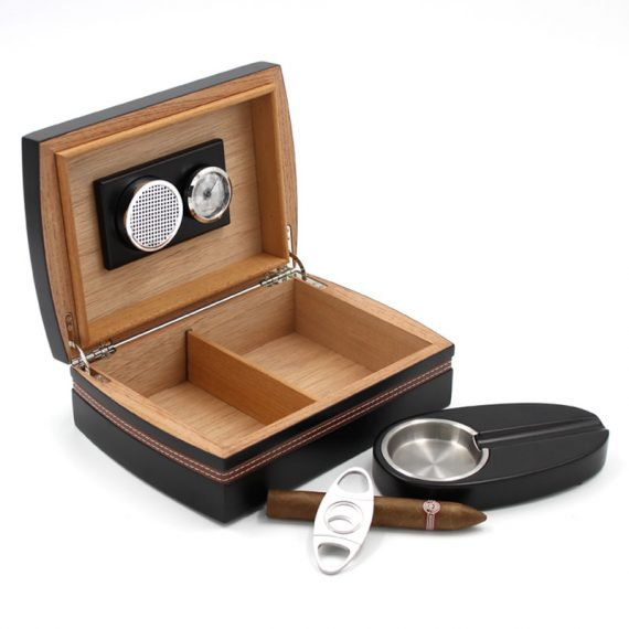 Wood Humidor Gift Set with Ashtray and Cutter CH-0120B2