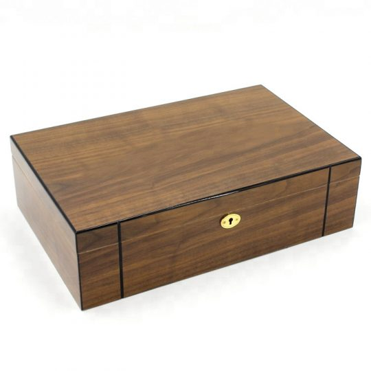 Brown Medium Humidor CH-1336